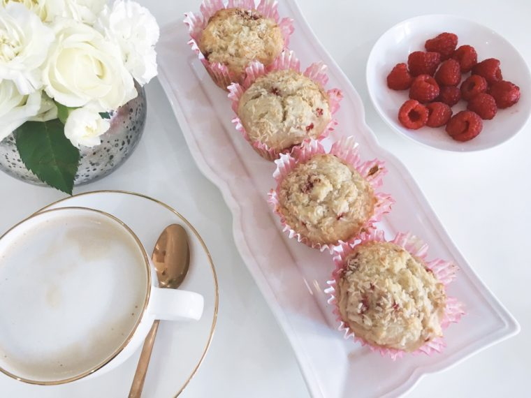 Coconut muffins with raspberries serve 9