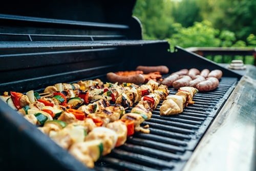 bbq grill with skewers